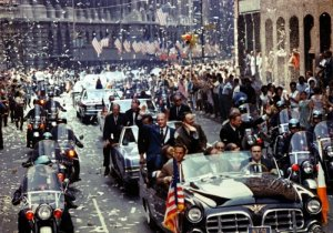 Nasa_tickertape_apollo_19700915